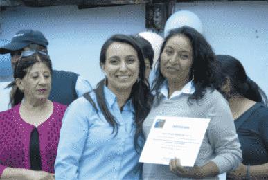 Certificados en ceremonia